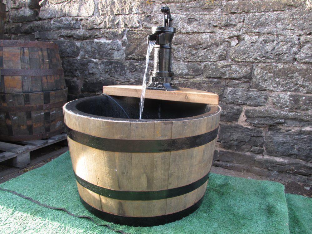 Single Tier Lined Barrel Water Feature Stretton Oak Tubs